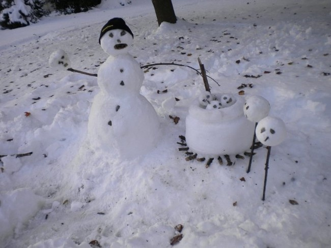 Взгляните на снеговиков по новому