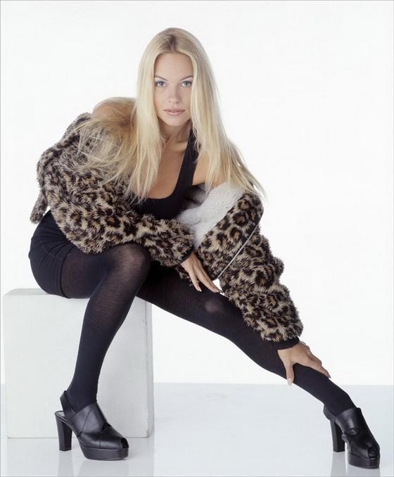 Немного фото Памеллы Андерсон из 90-х