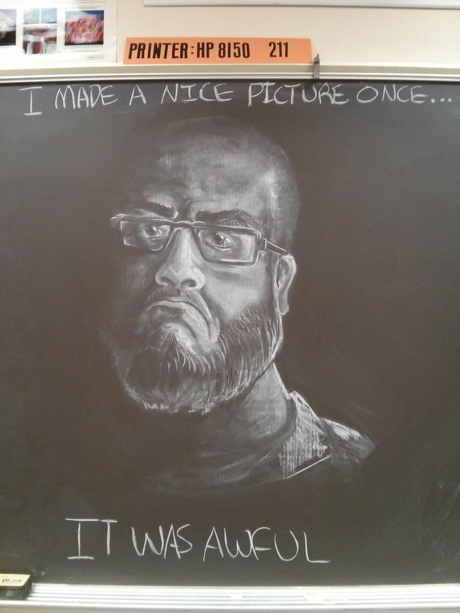 Ежедневные рисунки на школьной доске