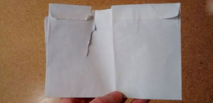 Почему конверты нужно открывать с осторожностью