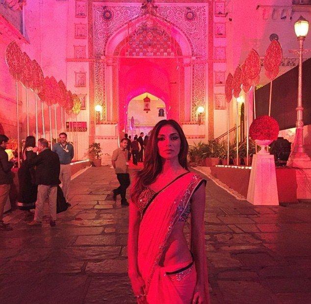 Свадьба простого индийского миллиардера на 16 тысяч гостей (25 фото)
