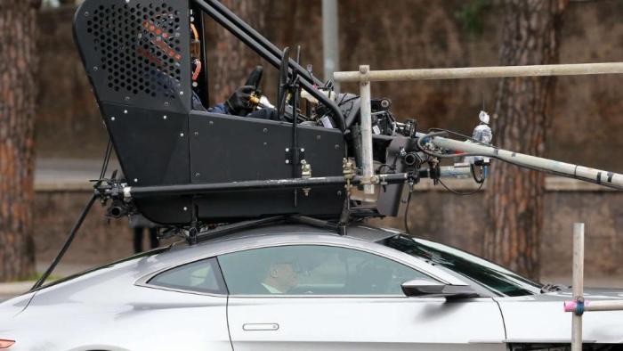 Как выглядит машина Джеймса Бонда на самом деле (6 фото)