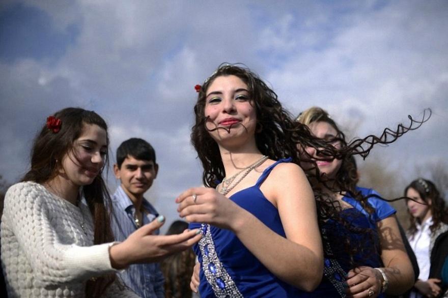 Цыганская ярмарка невест в Болгарии