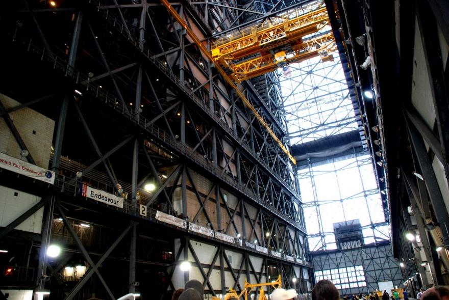 Самая огромная одноэтажная постройка в мире (30 фото и 1 видео)