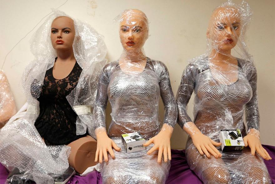 Как создаются куклы для секса (11 фото)