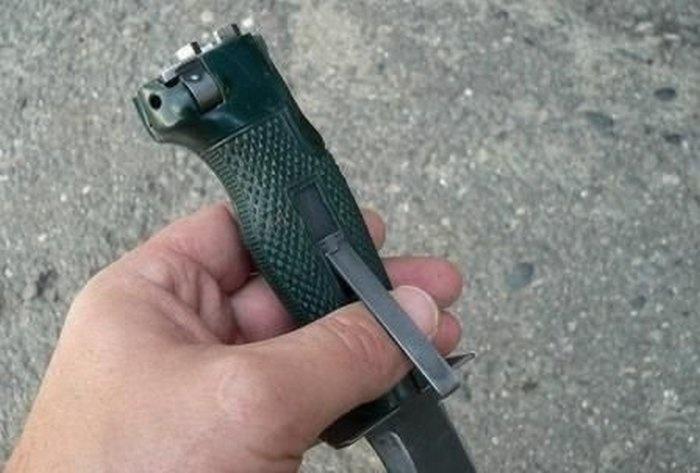 Нож-огнестрел разведчика (9 фото)