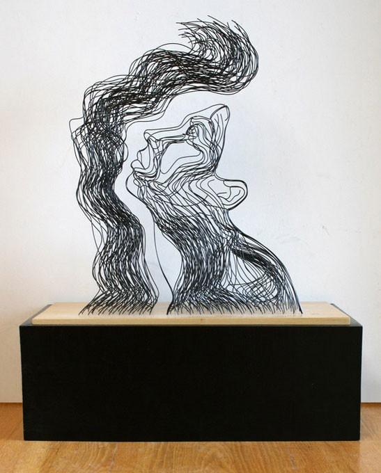 Созданные из проволокы скульптуры