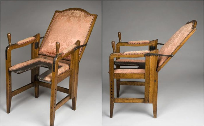Кресла для рожениц прошлых веков (7 фото)