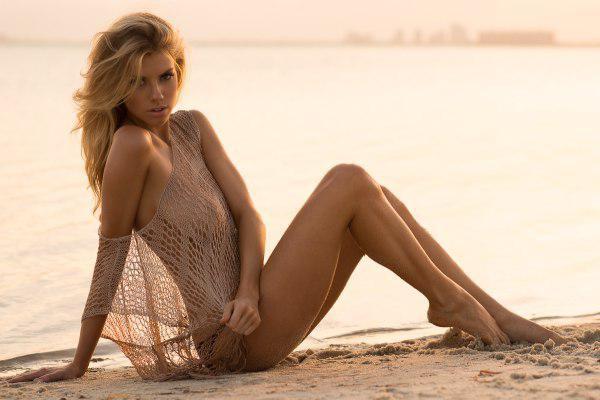 Подборка фотографий Шарлотты МакКинни (21 фото + видео)