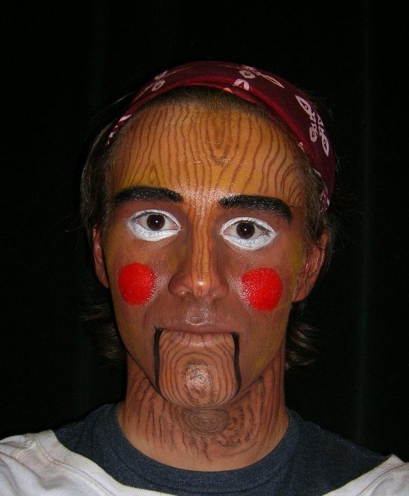20 примеров забавного макияжа