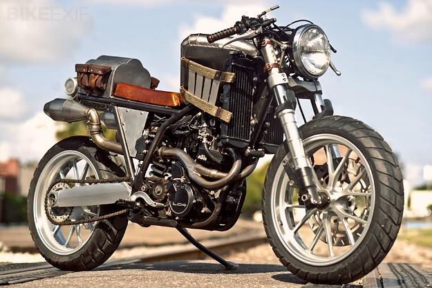 Кастомные мотоциклы (32 фото)