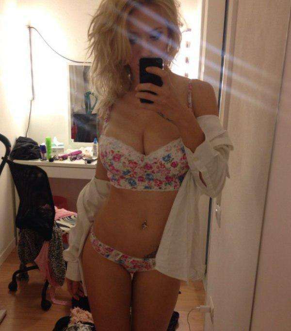 Nude girl pussy xxx