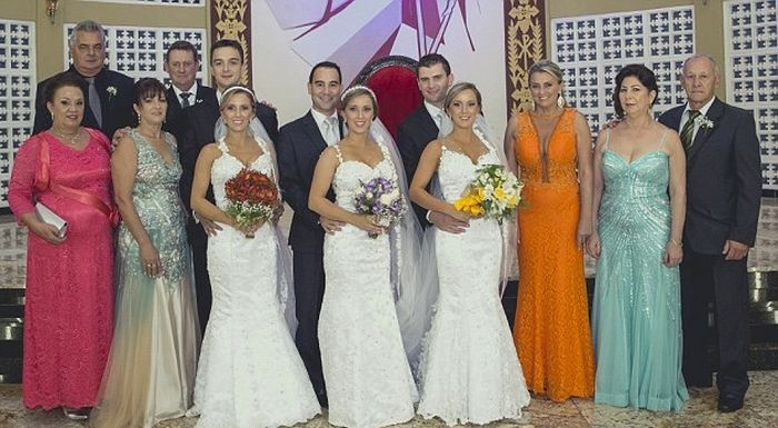 Три сестры-близнеца вышли замуж в один день (6 фото)