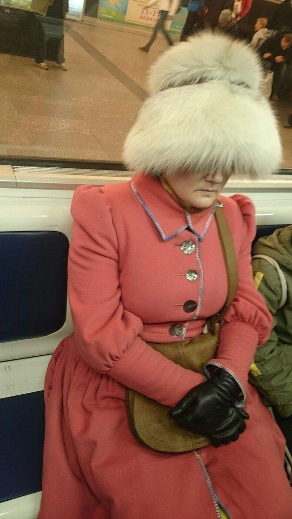 Выдающиеся пассажиры вагонов метро (32 фото)