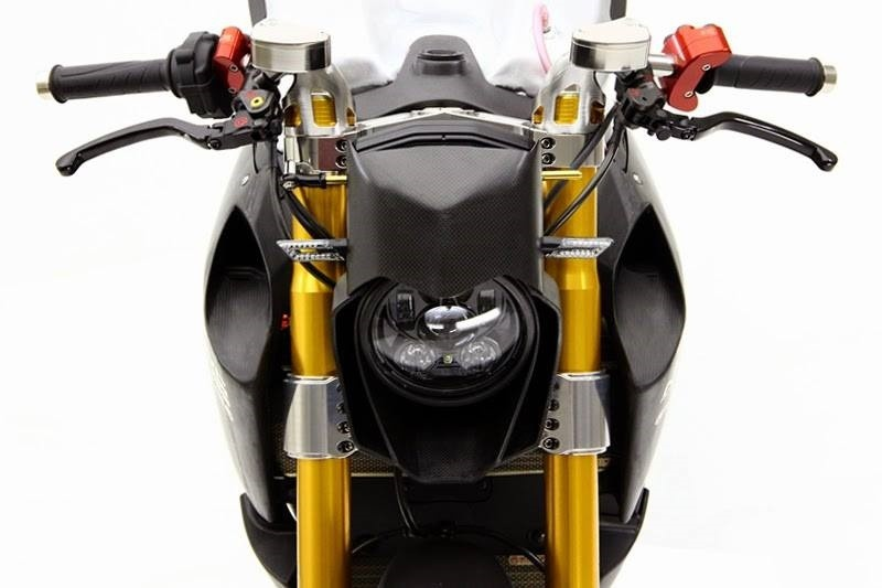 Мотоцикл стоимостью 150 тысяч долларов (11 фото)