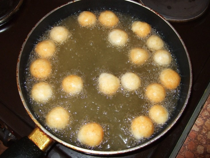 Простейший рецепт сырных шариков (3 фото)