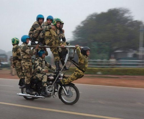 Прикольные фото из Индии (12 фото и 4 гифки)