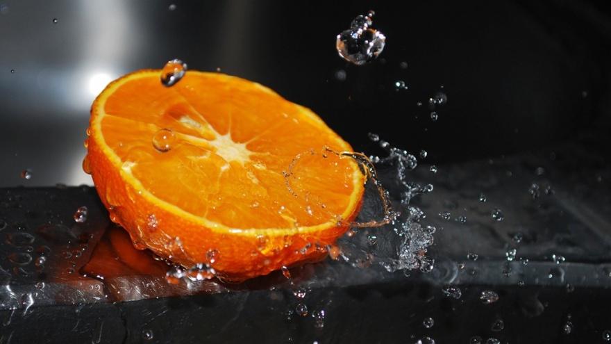 Обычное и необычное применение апельсиновых корок (8 фото)