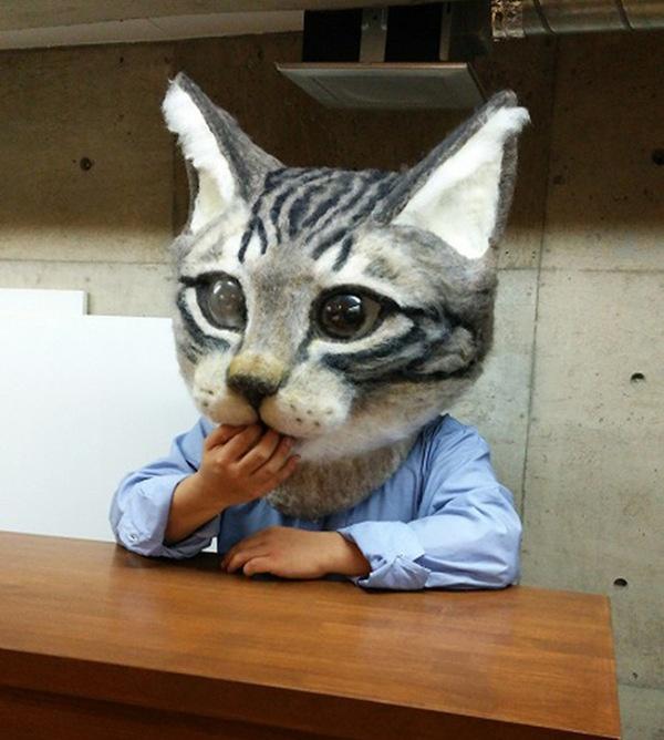 Большая правдоподобная кошачья маска (6 фото)