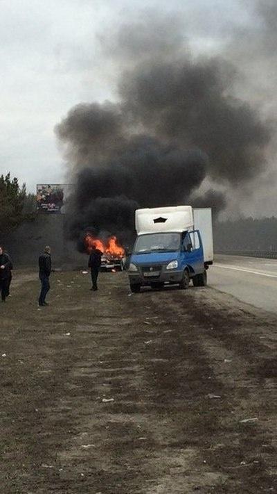 Автомобилисты из Барнаула купили пожилой паре новую машину взамен сгоревшей (6 фото)