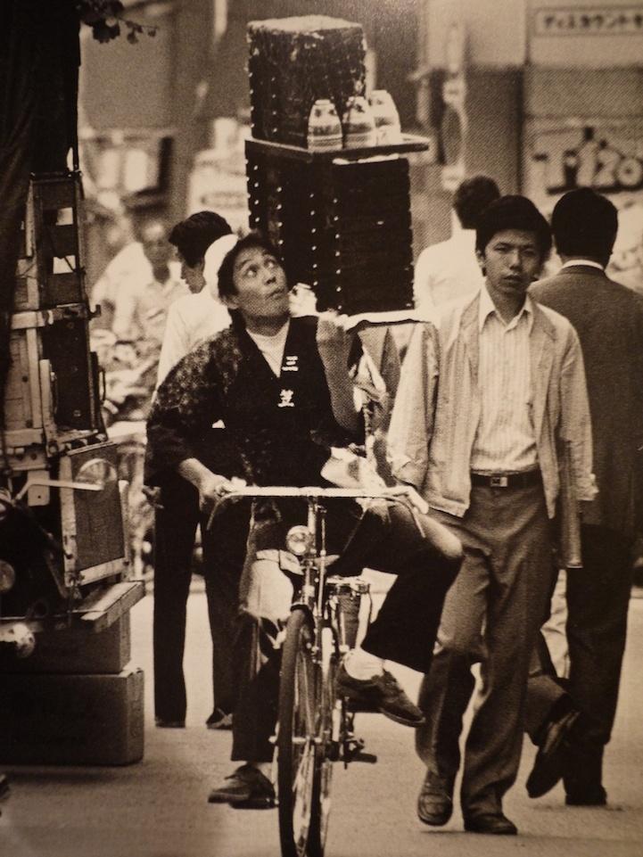 Искусство доставки еды в Японии (6 фото)