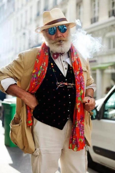 Стильные модники в возрасте (21 фото)