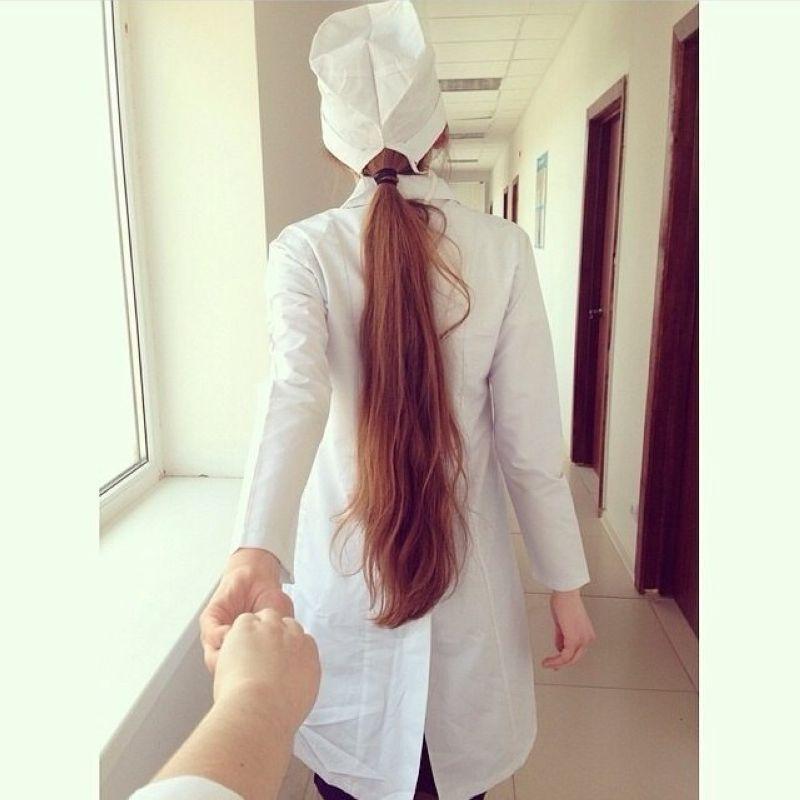 Селфи молодых врачей (30 фото)