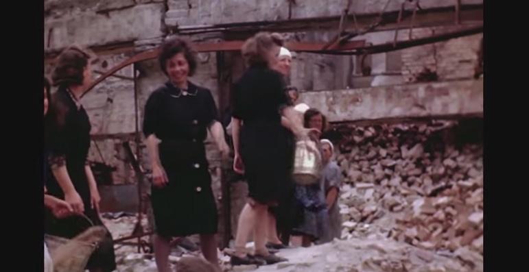 Очень редкое видео - жизнь в разрушенном Берлине и Потсдаме в FullHD и цветном изображении, лето 1945