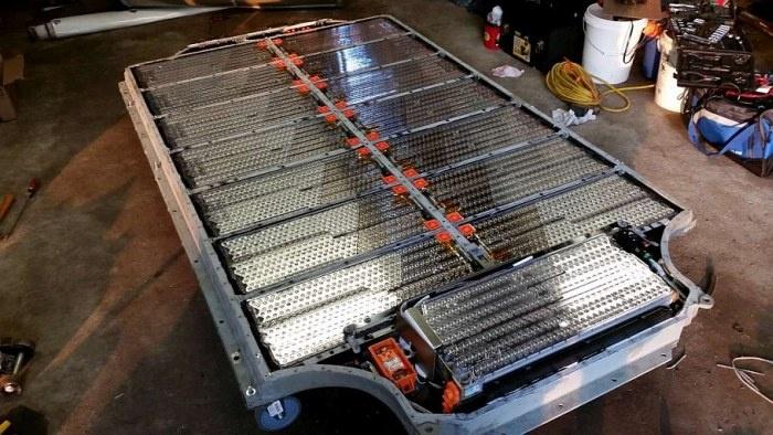 Как устроен аккумулятор электрокара Tesla Model S (12 фото)