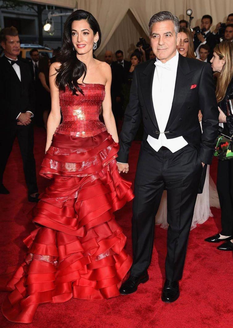 Самые запоминающиеся наряды Met Gala 2015 (59 фото)