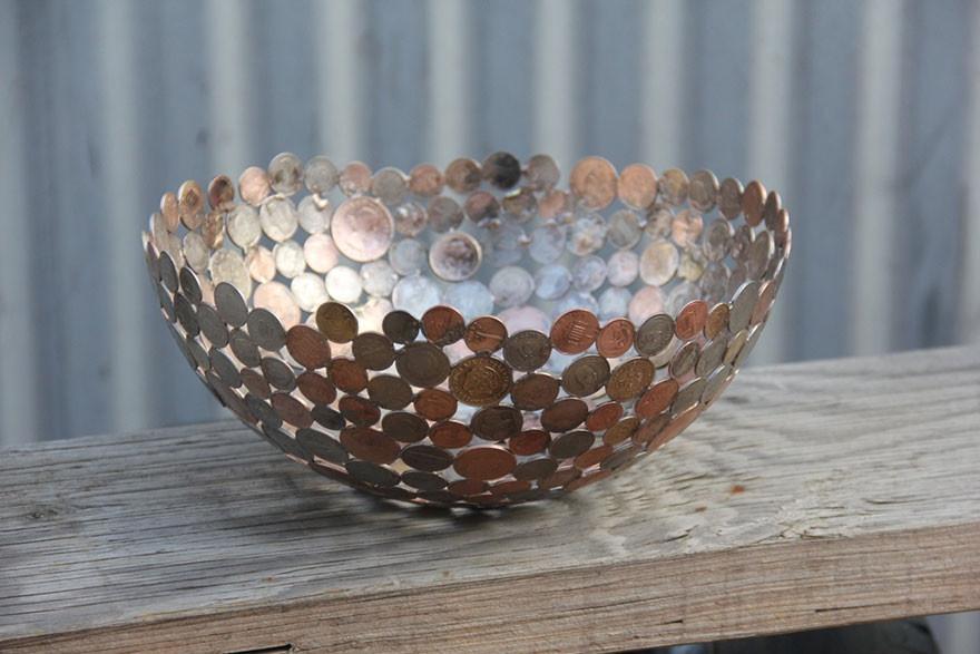 Необычные вещи, созданные из монет и ключей (12 фото)