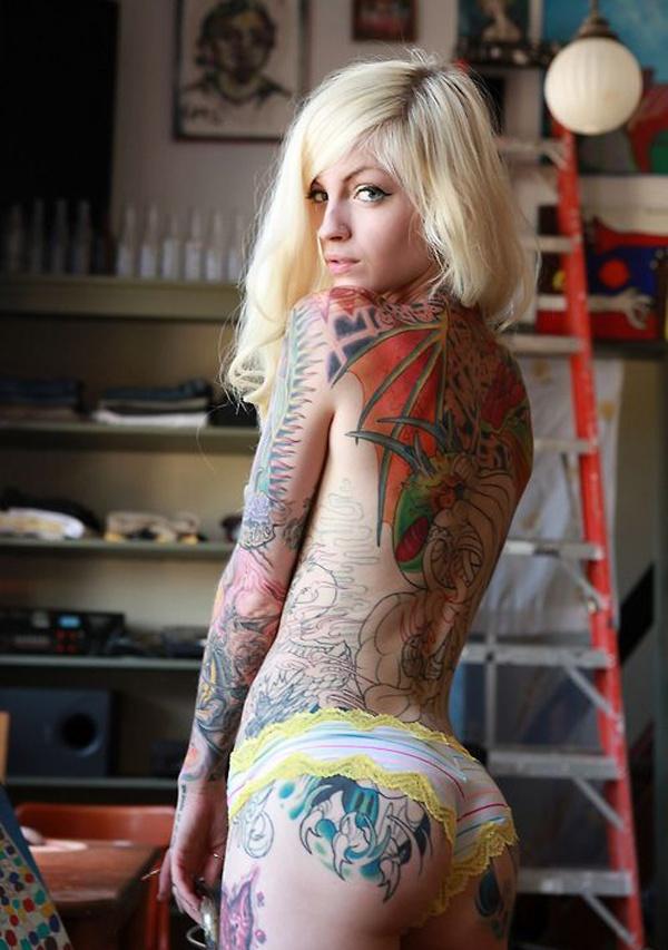 Девушки и татуировки 11.05.2015 (46 фото)