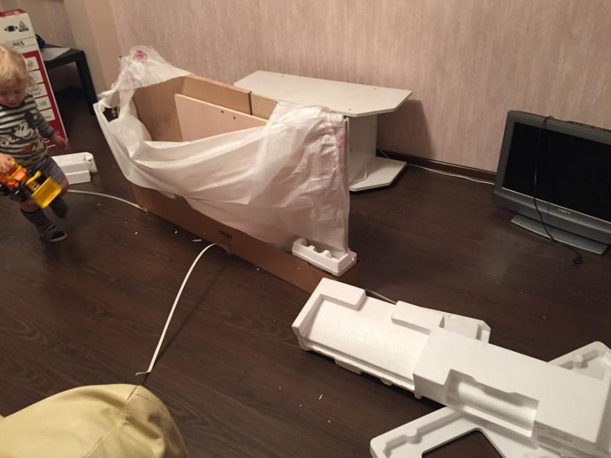 Неприятный сюрприз при покупке телевизора (7 фото)