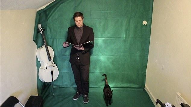 Человек-оркестр из 70 музыкантов (4 фото и видео)