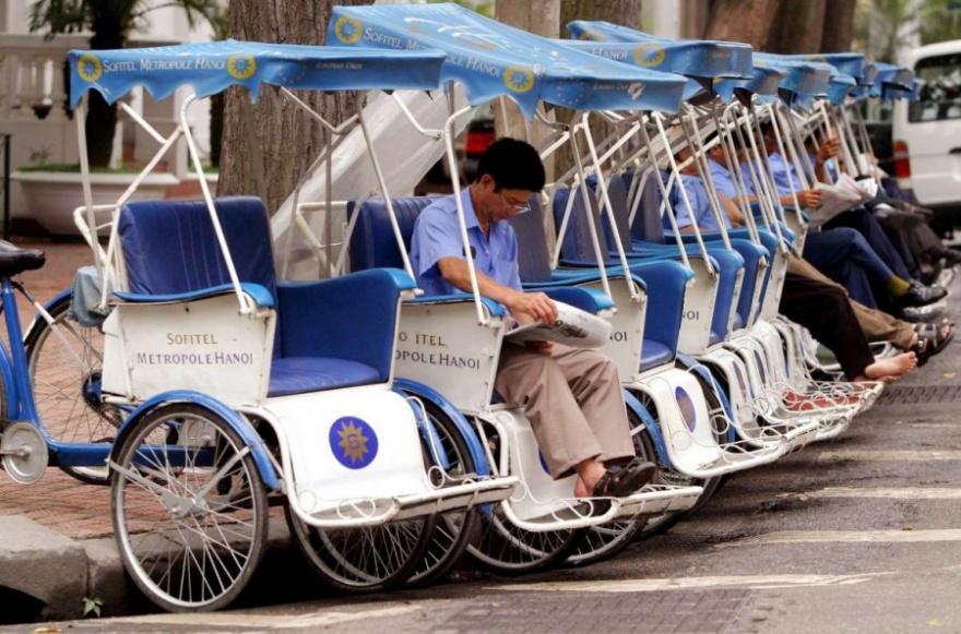 Нестандартные решения для перевозки пассажиров (14 фото)