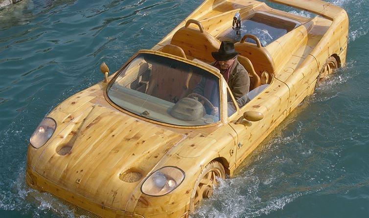 Автомобили с по-настоящему эксклюзивным дизайном (14 фото)