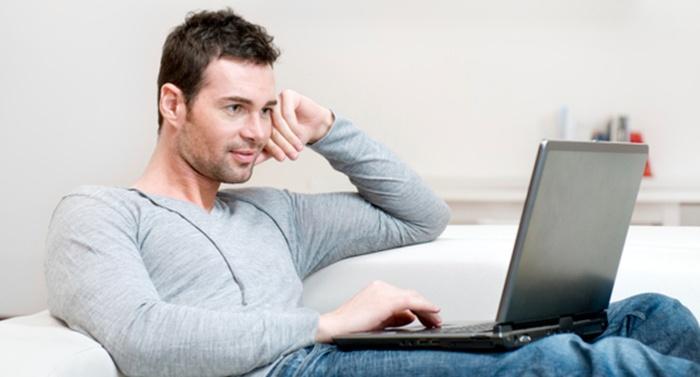 сайт Ну, ну, порно парень целует девушку сначала кайф потом