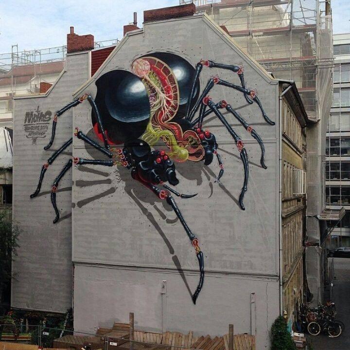Классное граффити на глухих стенах домов (14 фото)