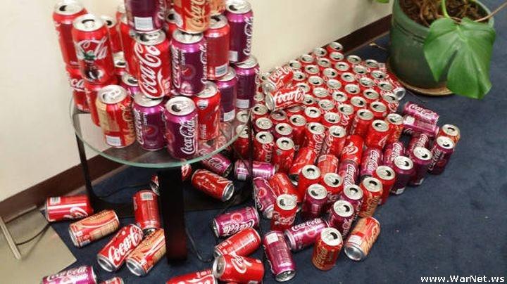 Что произойдет, если злоупотреблять Кока-колой в течение месяца (9 фото)