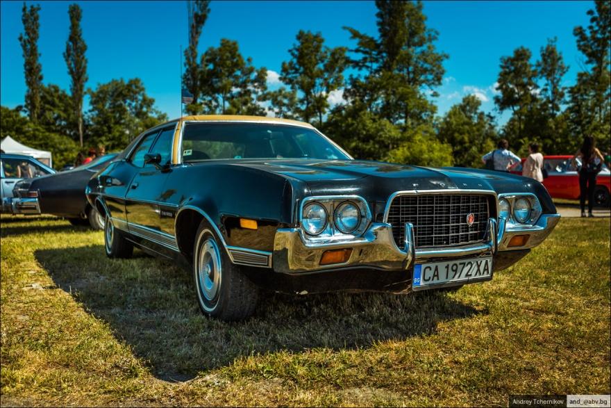 Слет владельцев ретро-автомобилей в Болгарии (37 фото)