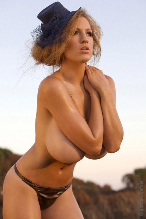 Фотомодель и актриса Джордан Карвер (35 фото и 1 видео)