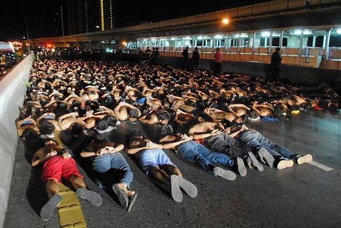 В Таиланде задержали более четырех сотен нелегальных уличных гонщиков (7 фото)
