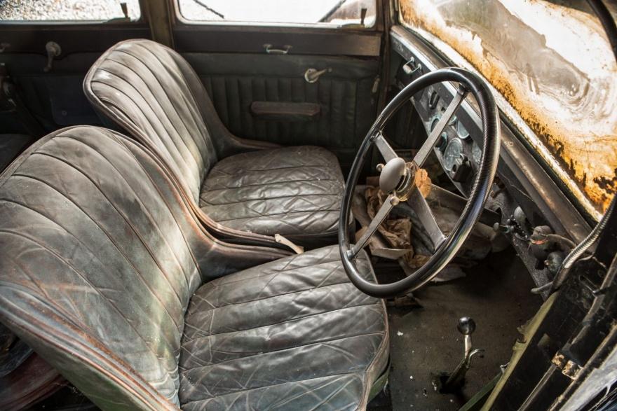 Неожиданная находка в заброшенном сарае, стоимостью почти полмиллиона долларов (11 фото)