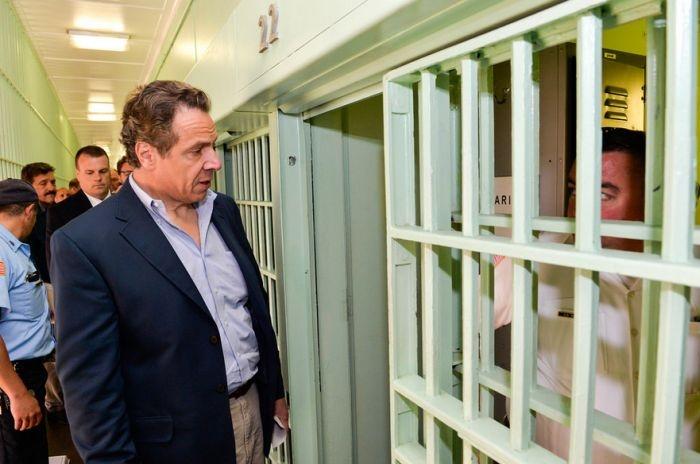 Первый случай удачного побега из тюрьмы для особо опасных преступников (20 фото)