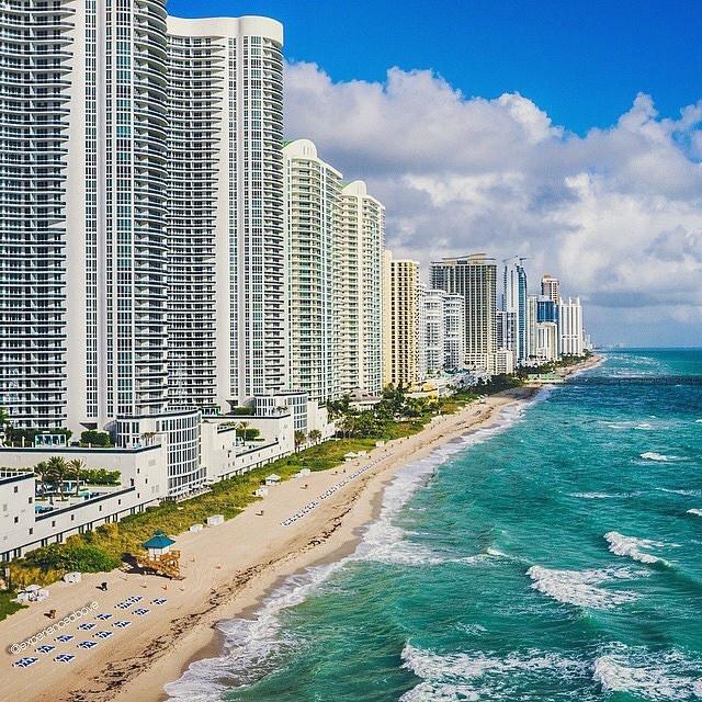 Классные фотографии пляжей, сделанные беспилотниками (21 фото)