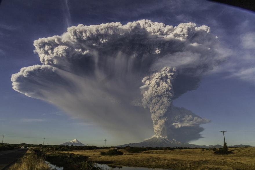 30 классных фотографий извержений вулканов со всего мира