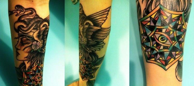 Интересные и необычные татуировки (20 фото)
