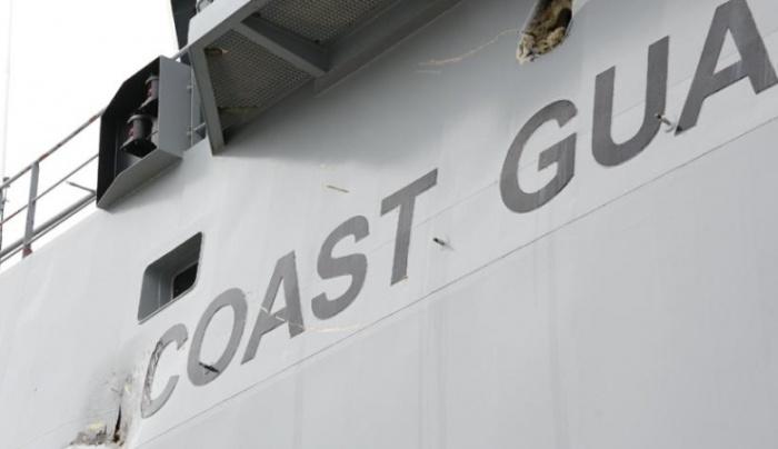 """Таран парусником """"Крузенштерн"""" двух кораблей береговой охраны (3 фото и видео)"""