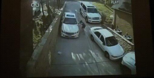 Происшествия с незадачливыми водителями (13 гифок)