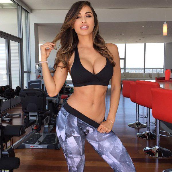Фитнес-модель Ана Чери (25 фото)